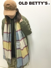 冬に必須★Herringbone Check Stoleが入荷★